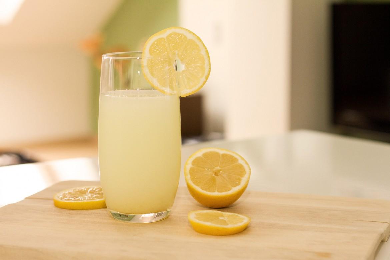 Rezept für gesunde Zitronenlimonade
